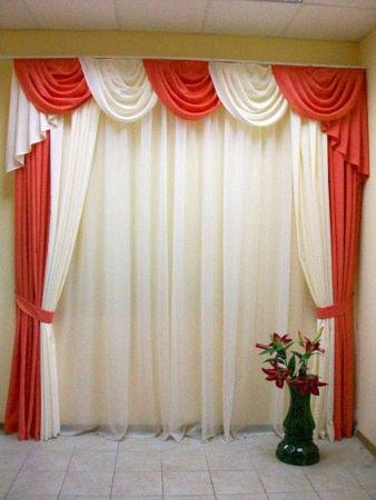 Красивые шторы сможете найти в нашем
