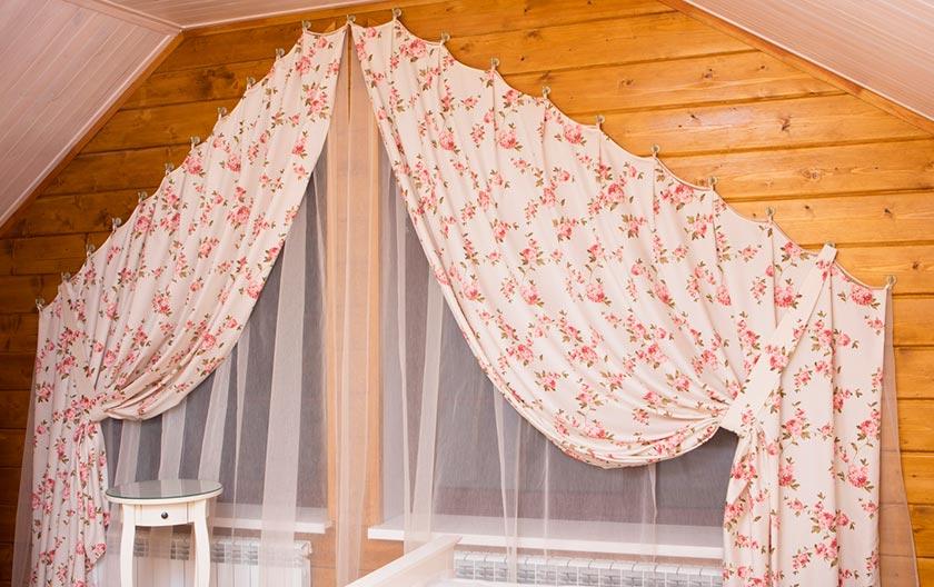 Как сшить шторы на скошенные окна фото